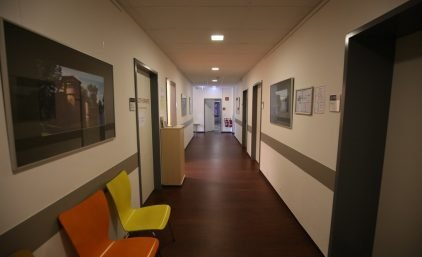 Physio Hand- Gelenkzentrum_Gang-1